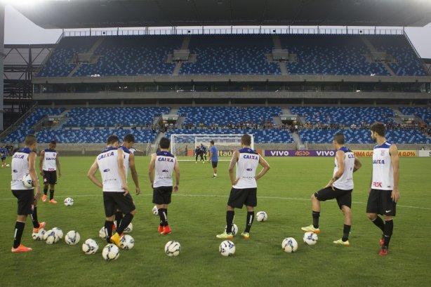 Corinthians segue sem receber pagamento por jogo de quase um ano atrás
