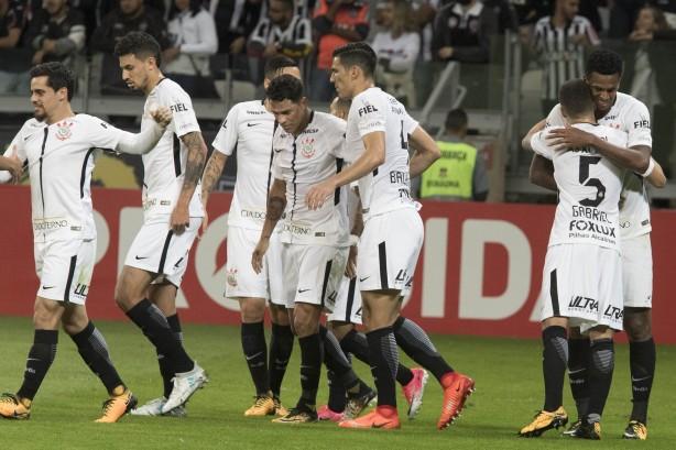 Corinthians contratou peças pontuais para ano de 2017