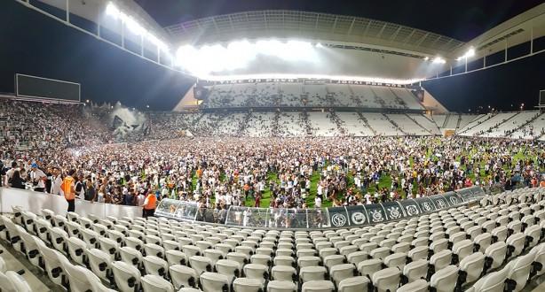 0514c69820 Torcida do Corinthians em treino aberto na Arena