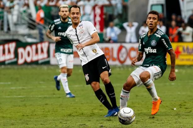 Rodriguinho expõe certeza interna no Corinthians: Palmeiras pagou bicho antes da decisão
